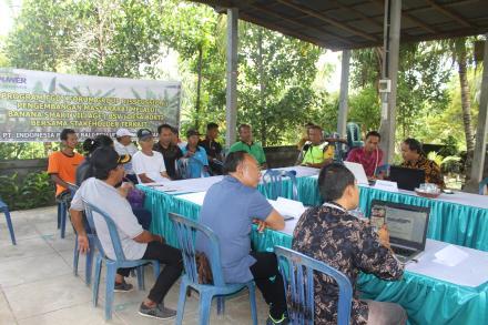 Program FGD (Forum Group Disscusion) Pengembanag Masyarakat Melalui Banana Smart Vilalage Desa Bukti
