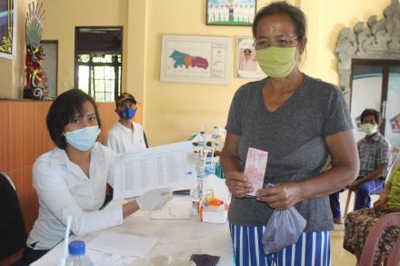 Penyaluran Bantuan Langsung Tunai Dana Desa (BLT-DD) Tahap VI